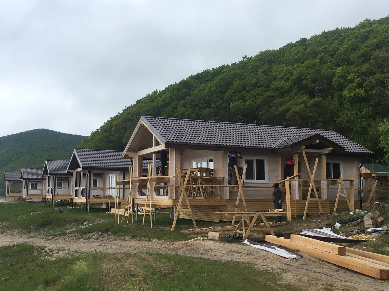 Строительство в бухте Петрова